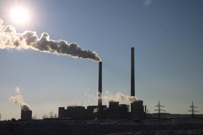 We must reduce greenhouse gas emissions both here in Canada and around the world. Photo by Pikrepo