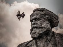 Monument to Karl Marx outside Bolshoi Theater in Moscow, 2019. (TxeTxu / Flickr)