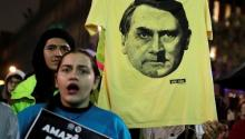 T-shirt with an image of President Jair Bolsanaro at a demonstration in Sao Paulo, Brazil, August 23, 2019. | Photo: Reuters