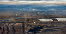 Photograph by Andrew S. Wright for National Observer of Alberta oilsands tailings ponds May 2014