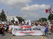 First Nations protest against fossil fuel development and pollution in Sarnia, Ontario, in September. (Photo credit: Fram Dinshaw).