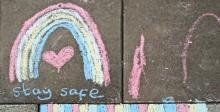 Sidewalk chalk rainbow - Image:Amanda Slater/Flickr