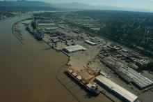 Fraser Surrey Docks is the proposed site for a new coal export terminal on the Fraser River. — Image Credit: Port Metro Vancouver