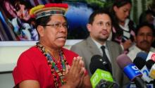 Humberto Piaguaje, representative of Ecuadorean people affected by Chevron during a press conference in Quito, Nov. 13, 2013 | Photo: AFP