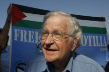 Noam Chomsky. (Hatem Moussa / AP)