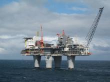 Offshore Oil Rig - Swinsto101/Wikimedia Commons
