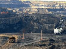 Shell Jackpine tar sands mine - Julia Kilpatrick, Pembina Institute/flickr