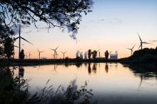 ustainable Transition: Coal power is being phased out in the UK as wind turbines proliferate. Photo credit: A.S. Wright